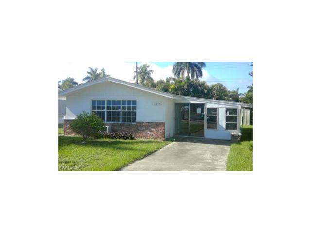 12161 Palm Dr, Fort Myers, FL 33908 (MLS #217042074) :: The New Home Spot, Inc.