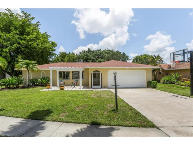 6954 Pickadilly Ct, Fort Myers, FL 33919 (MLS #217042112) :: The New Home Spot, Inc.