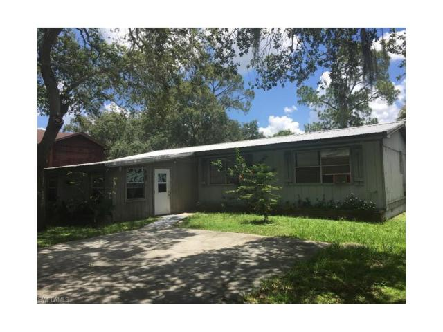 375 S Davis St, Labelle, FL 33935 (#217044161) :: Homes and Land Brokers, Inc