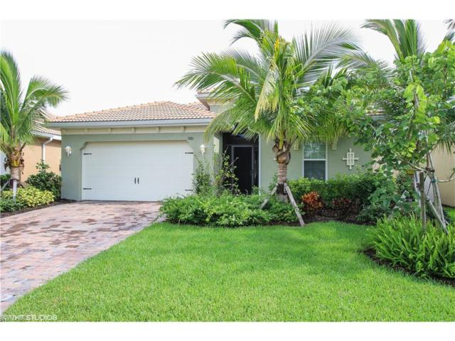 3881 King Williams St, Fort Myers, FL 33916 (#217045205) :: Homes and Land Brokers, Inc