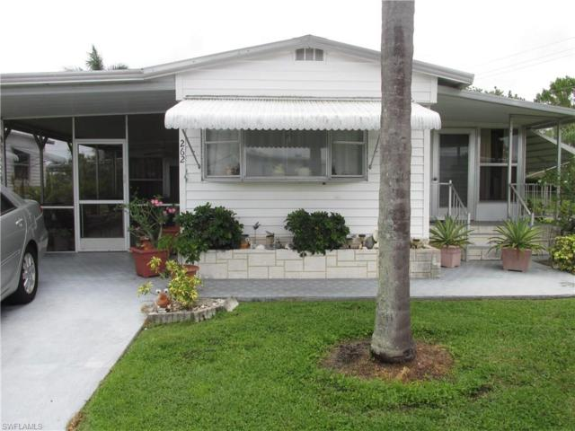 262 Yorkshire Ave, Fort Myers, FL 33908 (MLS #217045374) :: The New Home Spot, Inc.