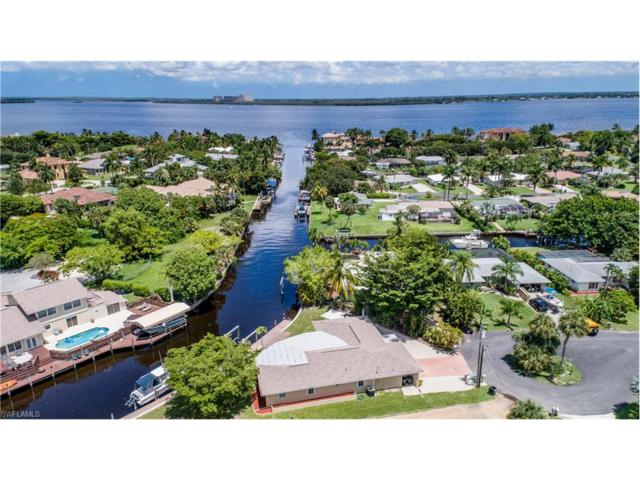 15401 Myrtle St, Fort Myers, FL 33908 (MLS #217051515) :: The New Home Spot, Inc.