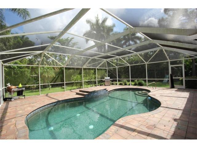 991 Aqua Ln, Fort Myers, FL 33919 (MLS #217053232) :: Florida Homestar Team
