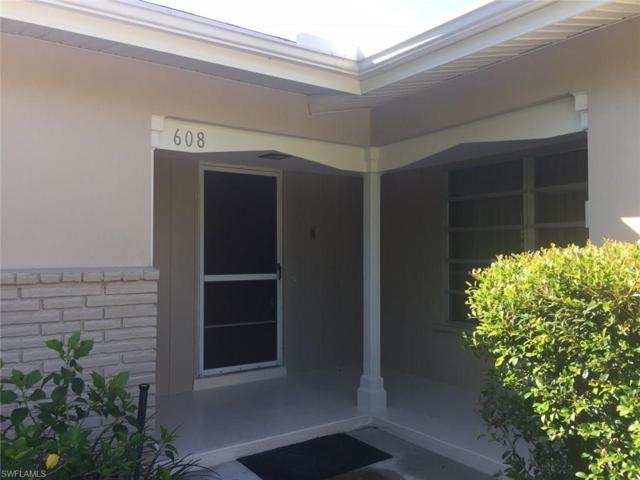 608 Sunnyside Ct, Fort Myers, FL 33919 (MLS #217057272) :: Florida Homestar Team
