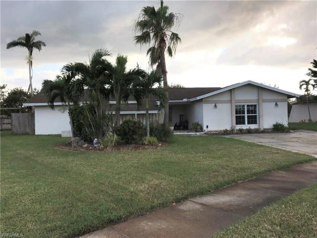 844 Xavier Ave S, Fort Myers, FL 33919 (MLS #217057682) :: The New Home Spot, Inc.