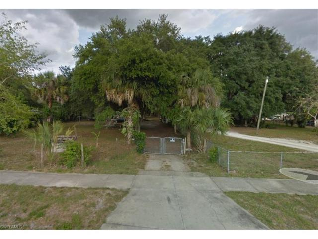 7725 Hart Dr, North Fort Myers, FL 33917 (MLS #217058716) :: The New Home Spot, Inc.