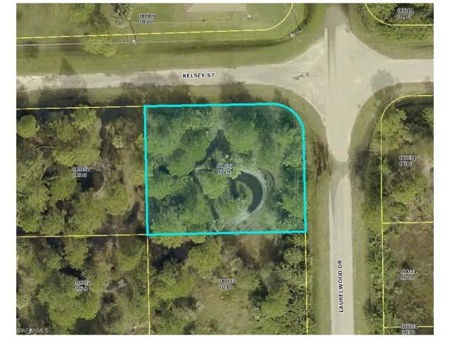 6131 Laurelwood Dr, Fort Myers, FL 33905 (MLS #217059212) :: The New Home Spot, Inc.