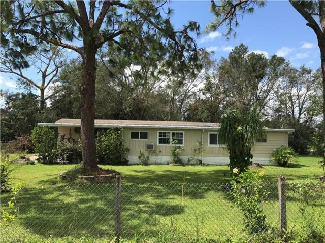 8028 Suncoast Dr, North Fort Myers, FL 33917 (MLS #217059318) :: The New Home Spot, Inc.
