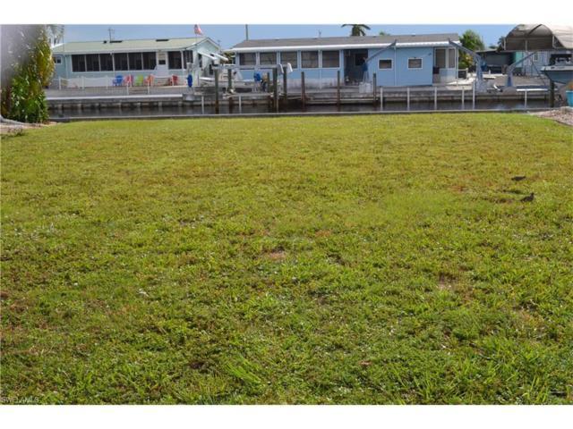 3038 Skipper Ln, St. James City, FL 33956 (MLS #217059348) :: The New Home Spot, Inc.