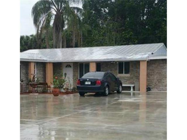 1129 Travis Ave, North Fort Myers, FL 33903 (MLS #217060168) :: The New Home Spot, Inc.