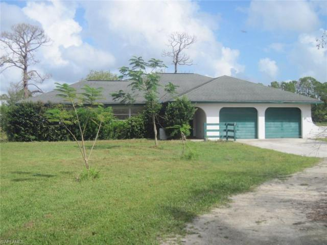8401 Henderson Grade, North Fort Myers, FL 33917 (MLS #217062021) :: The New Home Spot, Inc.