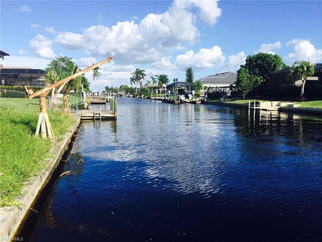 832 Miramar Ct, Cape Coral, FL 33904 (MLS #217062224) :: The New Home Spot, Inc.
