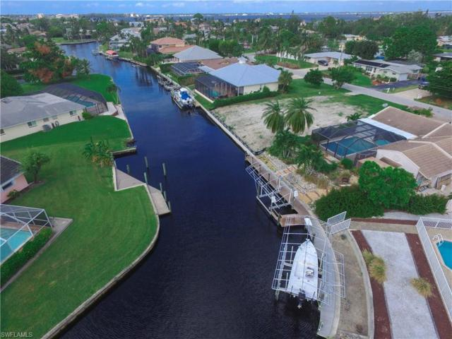 540 Keenan Ave, Fort Myers, FL 33919 (MLS #217062508) :: The New Home Spot, Inc.