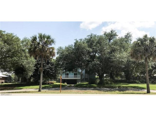 881 County Road 78, Labelle, FL 33935 (MLS #217062639) :: The New Home Spot, Inc.