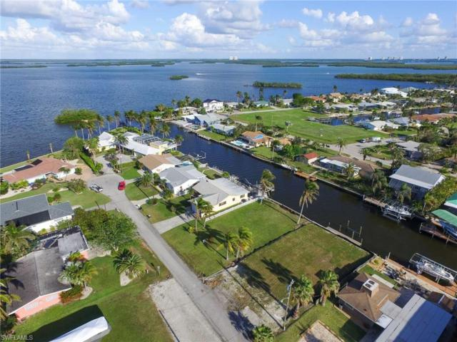 256 Ibis St, Fort Myers Beach, FL 33931 (MLS #217070003) :: Florida Homestar Team