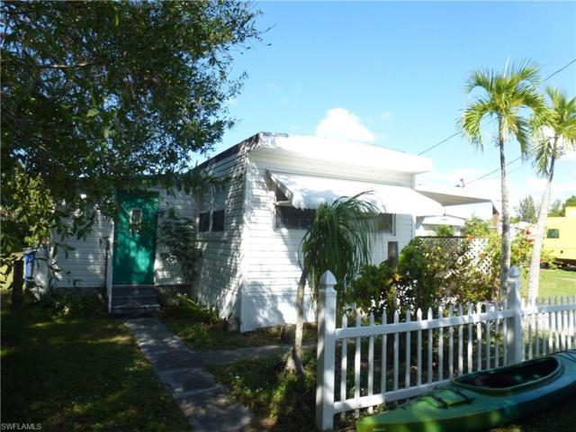 5300 Flamingo Dr, St. James City, FL 33956 (MLS #217070347) :: RE/MAX DREAM