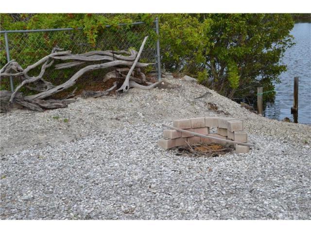 4124 Lake Breeze Ln, St. James City, FL 33956 (MLS #217070530) :: The New Home Spot, Inc.