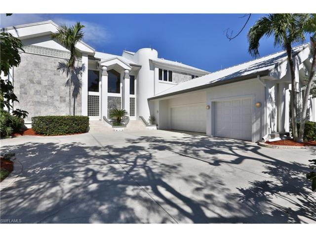 5820 Riverside Ln, Fort Myers, FL 33919 (#217070881) :: The Key Team
