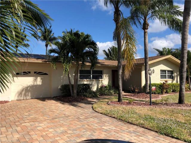 1117 Lorraine Ct, Cape Coral, FL 33904 (MLS #217074743) :: The New Home Spot, Inc.