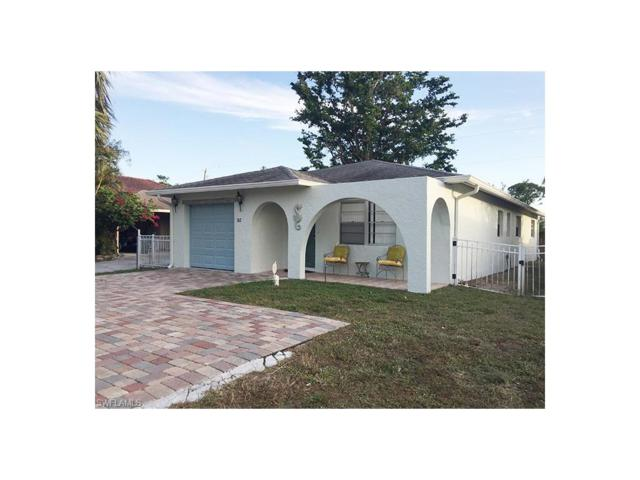 742 111th Ave N, Naples, FL 34108 (#218000873) :: RealPro Realty