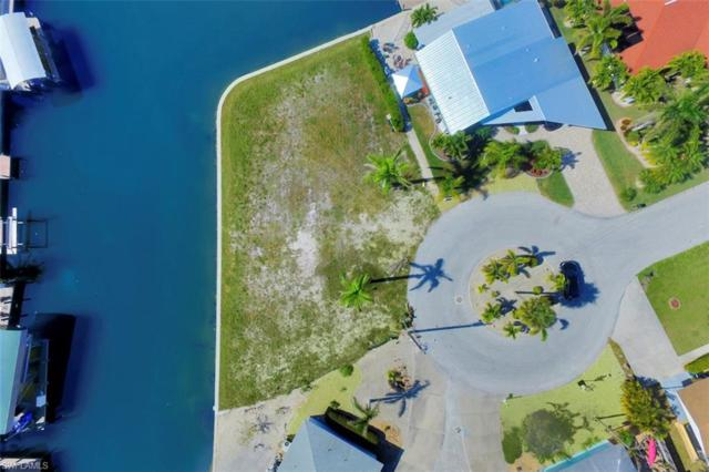 12 Clearview Blvd, Fort Myers Beach, FL 33931 (MLS #218005266) :: RE/MAX Realty Team