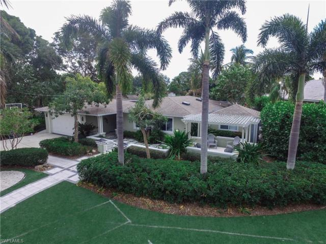 552 Keenan Ave, Fort Myers, FL 33919 (MLS #218006165) :: The New Home Spot, Inc.