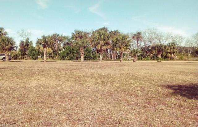 1143 E Miller Dr, Moore Haven, FL 33471 (MLS #218007064) :: RE/MAX Realty Team