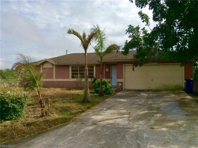 1122 Canton Ave, Lehigh Acres, FL 33972 (MLS #218007110) :: RE/MAX Realty Team