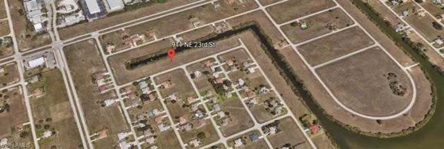 911 NE 23rd St, Cape Coral, FL 33909 (MLS #218014548) :: The New Home Spot, Inc.
