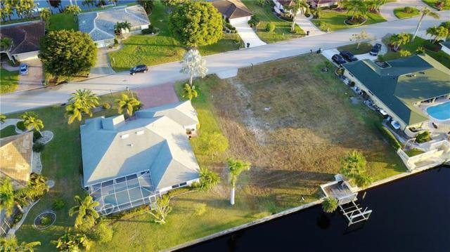 994 Clarellen Dr, Fort Myers, FL 33919 (MLS #218016942) :: RE/MAX DREAM