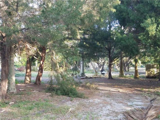 59 Aqua Ln, North Fort Myers, FL 33903 (MLS #218017252) :: Clausen Properties, Inc.