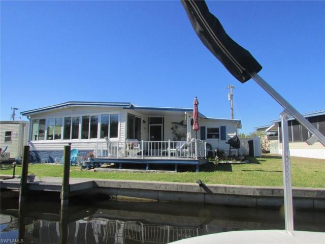 5529 Sir Walter Way, North Fort Myers, FL 33917 (MLS #218017937) :: Clausen Properties, Inc.