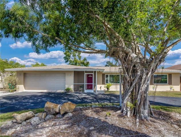59 Wickliffe Dr, Naples, FL 34110 (MLS #218023609) :: The New Home Spot, Inc.