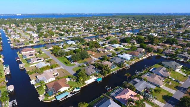 1025 SE 20th Ave, Cape Coral, FL 33990 (MLS #218029629) :: RE/MAX DREAM