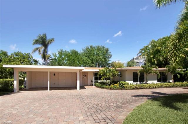 6806 Hibiscus Ln, Fort Myers, FL 33919 (MLS #218030455) :: The New Home Spot, Inc.