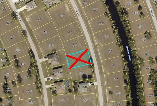 3724 NE 14th Pl, Cape Coral, FL 33909 (MLS #218030994) :: The New Home Spot, Inc.