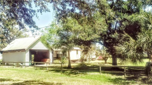 1160 Azalea Ave, Moore Haven, FL 33471 (MLS #218031422) :: RE/MAX Realty Group