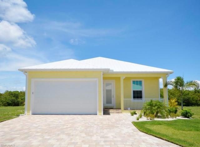 3082 Trawler Ln, St. James City, FL 33956 (MLS #218036027) :: Clausen Properties, Inc.