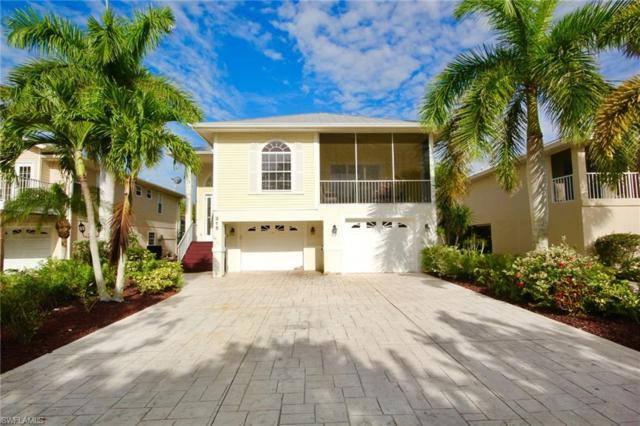 315 Mango St, Fort Myers Beach, FL 33931 (MLS #218037194) :: The Naples Beach And Homes Team/MVP Realty