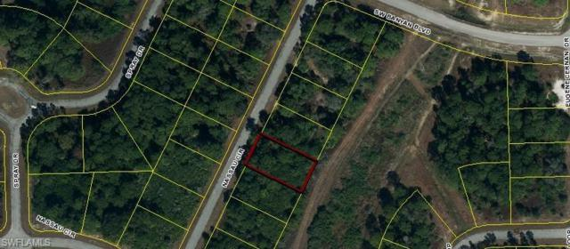609 Nassau Cir, Labelle, FL 33935 (MLS #218037379) :: The New Home Spot, Inc.