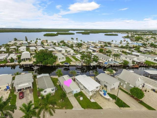 856 Oak St, Fort Myers Beach, FL 33931 (MLS #218043114) :: Clausen Properties, Inc.