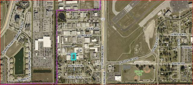 1954 Custom Dr, Fort Myers, FL 33907 (MLS #218047092) :: RE/MAX DREAM