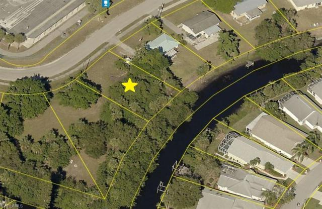 929 Iris Dr, North Fort Myers, FL 33903 (MLS #218050018) :: RE/MAX Realty Group
