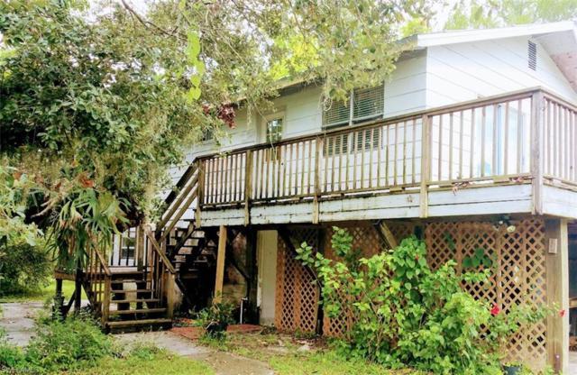 1117 Shady Ln, Moore Haven, FL 33471 (MLS #218052289) :: RE/MAX DREAM