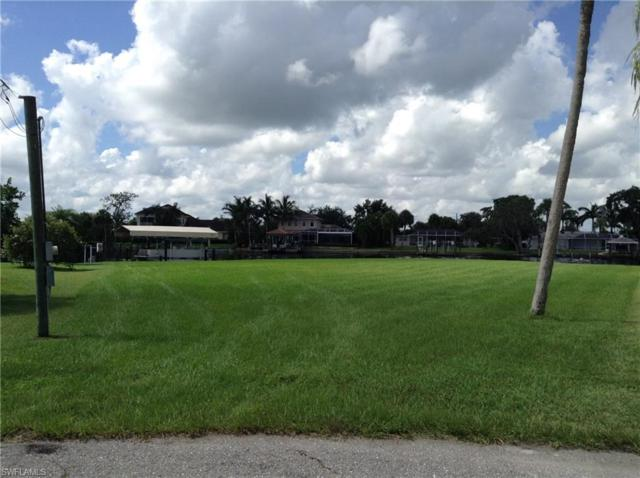 13899 River Forest Dr, Fort Myers, FL 33905 (MLS #218054819) :: Kris Asquith's Diamond Coastal Group