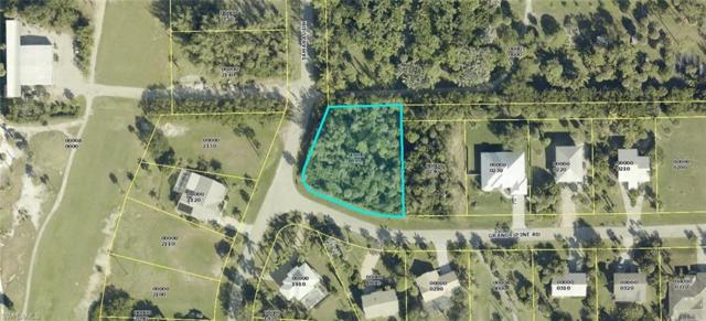 7902 Grande Pine Rd, Bokeelia, FL 33922 (MLS #218058658) :: The New Home Spot, Inc.