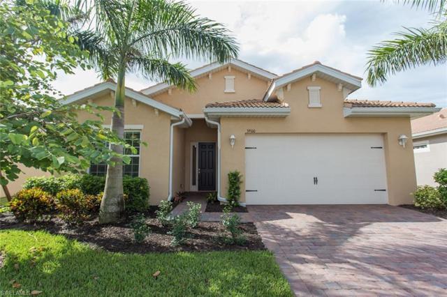 3900 King Williams St, Fort Myers, FL 33916 (MLS #218058683) :: RE/MAX DREAM