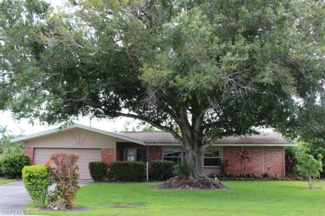 880 Entrada Dr S, Fort Myers, FL 33919 (MLS #218060010) :: RE/MAX DREAM