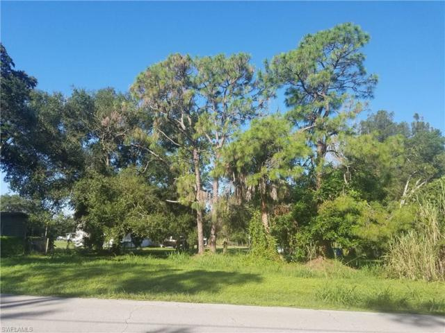 7568 Breeze Dr, North Fort Myers, FL 33917 (MLS #218063036) :: The New Home Spot, Inc.
