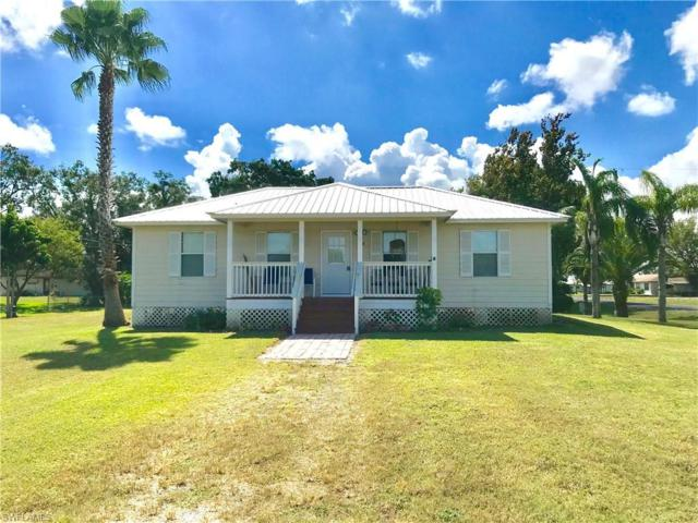 598 Avenue M SW, Moore Haven, FL 33471 (MLS #218065597) :: RE/MAX Realty Group